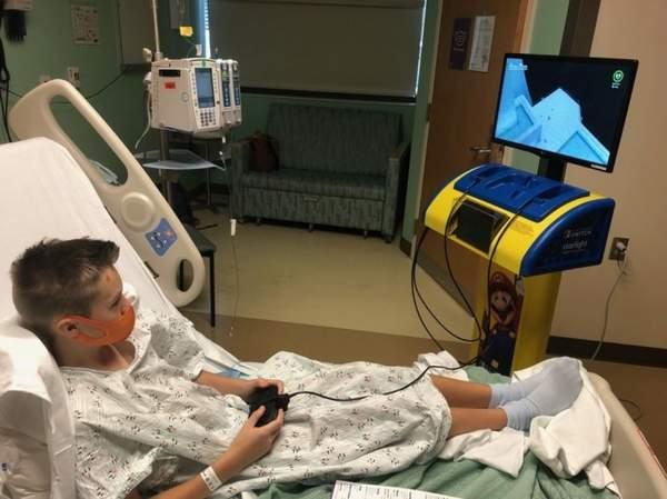 任天堂向美国医疗机构交付大量NS 帮助患病儿童治疗分散病痛注意力