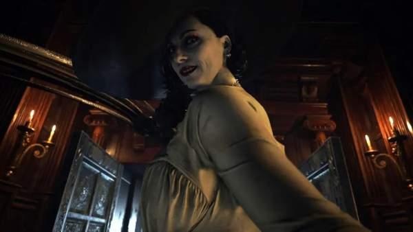 外媒估算《生化8》吸血鬼夫人身高 约合2.44米比姚明还高大半个头